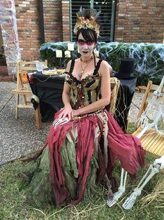 Das gotische lila Kostüm Fräuleins Mad Hatter der Frauen