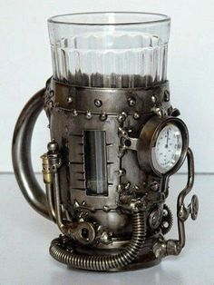 boiler Steampunk fashion - Steam boiler (tea glass holder with thermometer) AWESOME!Steampunk fashion - Steam boiler (tea glass holder with thermometer) AWESOME! Steampunk Mode, Chat Steampunk, Arte Steampunk, Steampunk Accessoires, Style Steampunk, Steampunk Gadgets, Steampunk Cosplay, Steampunk Design, Gothic Steampunk