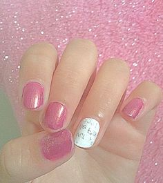 Easy newspaper nails!!