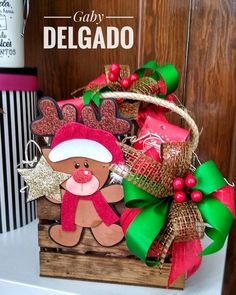 Christmas Deco, Christmas Wreaths, Christmas Crafts, Xmas, Foam Crafts, Diy And Crafts, Chocolate Fountains, Homemade Christmas Gifts, Holiday Time