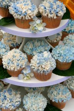 cupcake tower for a #wedding