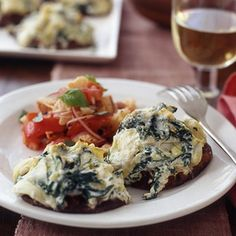 Stuffed Portobellos with Bread Salad make for a hearty meatless meal this Monday! | www.rachaelraymag...
