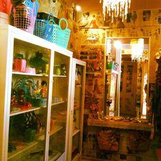 12 Ideas De Bazar Interiores De Tiendas De Regalo Tiendas De Ropa Vintage Tiendas Artesanales