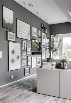 I like this living kitchen underneath the attic. The grey accent walls combined with the white angled ceilings is a great look and gives this space extra dimension. I like the art wall with the integrated tv as well, a great … Continue reading → Living Area, Living Spaces, Living Room, Angled Ceilings, Grey Walls, Home Decor Styles, Decoration, Room Inspiration, Interior Inspiration