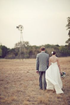 Rustic and Romantic | Lady Bird Johnson Wildflower Center Wedding | The Nichols Photography