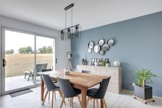 21 Stylish Living Room Paint Colors and Design Ideas - Esminity Grey Walls Living Room, Paint Colors For Living Room, Room Colors, Home Living Room, Blue Living Rooms, Interior Design Living Room, Living Room Designs, Ikea Interior, Interior Lighting