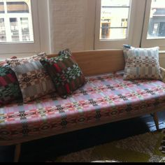 Nos da blush fabric by Donna Wilson and scp on ercol daybed Scp, Daybed, Interior Inspiration, Porn, Blush, Decor Ideas, Interiors, Living Room, Interior Design