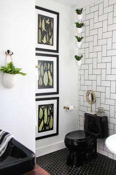 19 Best Ideas For Bath Room Black Toilet Floors Upstairs Bathrooms, Chic Bathrooms, Downstairs Bathroom, Black Interior Design, Bathroom Interior Design, Bathroom Before After, Black Toilet, I Spy Diy, Paint Colors For Living Room