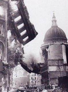 The Battle of Britain: London during the Blitz (St Paul's Cathedral in the… London History, British History, World History, World War Ii, Asian History, Tudor History, History Photos, History Facts, Old Pictures