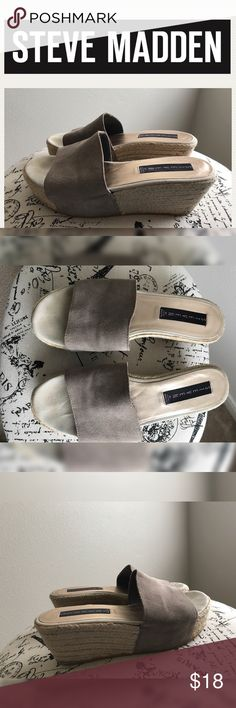 💫Steve Madden Gray Espadrilles Wedges💫 💫Cute Espadrilles Wedges💫Good used Condition💫Normal sign of wear💫No flaws💫 Size 7.5 True to Size💫 Smoke and pet free home💫Ships same/next day💫 No Trades 🚫 Steve Madden Shoes Espadrilles