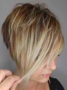 Funky short pixie haircut long bangs ideas 31 If you would like a hairdo that is definitely bold, then pixie may be the perfect pick. Pixie haircut is an excellent idea if you're young enough. A pixie haircut is a brief haircut with layers. Pixie Long Bangs, Pixie Haircut For Thick Hair, Longer Pixie Haircut, Long Hair Cuts, Haircut Long, Long Hair Styles, Razor Cut Hair, Long Pixie Cuts, Short Shag Hairstyles