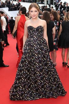 Cannes Escorts