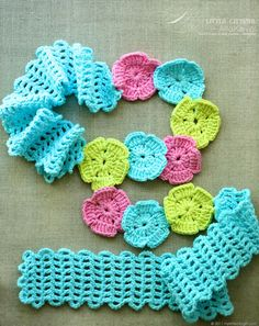 Garden Trellis. Free Crochet Scarf Headband Boutique Pattern for Kids & Women