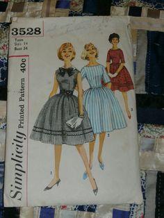 "1950s Simplicity Pattern 3528 Teen Dress with Detachable Collar, Size 14, Bust 34"", Waist 26"", Hip 36"""