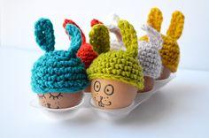 Hoi! Ik heb een geweldige listing gevonden op Etsy https://www.etsy.com/nl/listing/182137836/egg-cosy-family-set-bunny-hat-6-colors
