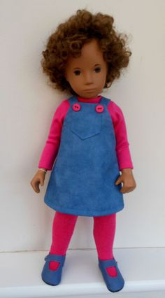 Pinafore Dress, made from Denim Blue cotton, a Pink cotton Tee (from Ginny at Passion for Sasha) and matching Pink cotton mix tights. GOOD QUALITY 100% COTTON. let your SASHA doll be different! THIS SALE IS FOR A. | eBay!