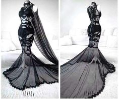 "Dark ""weeding"" harness-lace gown 💎 finnaly - Dark ""weeding"" harness-lace gown 💎 finnaly Source by rebaepting - Pretty Outfits, Pretty Dresses, Beautiful Dresses, Old Dress, Dress Up, Queen Dress, Dark Fashion, Gothic Fashion, Mode Outfits"