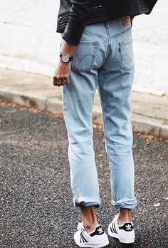 ok but fr i need to find a pair of baggy jeans that are high waisted and actually fit my waist pls and thank you