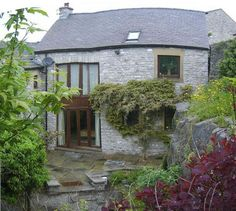 Courtyard Barn, Tideswell (Sleeps 20) £1804 Avail 5-7 (showing as not avail on one site), 12-14 May Converted Barn, Underfloor Heating, Peak District, Derbyshire, Hens, House Party, Game Room, Cabin, Outdoor Decor