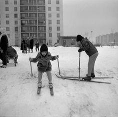 Zimné radovánky na bratislavskom Bratislava, Nostalgia, Retro, Retro Illustration