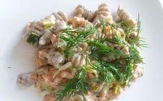 Lohipasta on nopeaa arkiruokaa parhaimmillaan. Asparagus, Potato Salad, Cabbage, Potatoes, Cooking Recipes, Pasta, Meat, Chicken, Vegetables