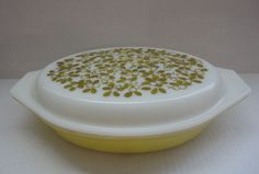 Pyrex Divided Large Serving Dish with Lid Excellent Condition Pyrex Marking #Pyrex