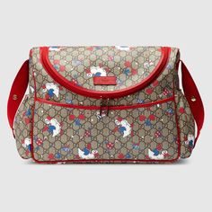Shop the GG ducks diaper bag by Gucci. Duck Diapers, Designer Baby Bags, Gucci Baby, Newborn Diapers, Baby Necessities, Baby Diaper Bags, Baby Accessories, Baby Design, Baby Strollers