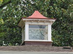 carriage-house-window.jpg (500×375)