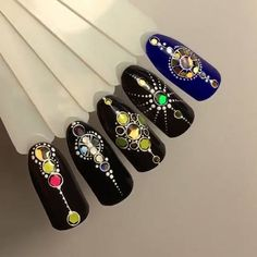 would make a fun accent nail  Автор @julee62