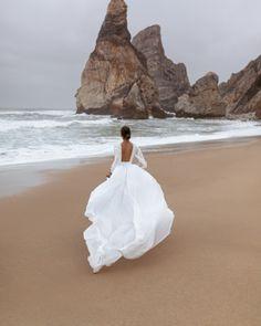 from dusk till down From Dusk Till Down, Dream Wedding Dresses, Dream Dress, Wedding Bells, Wedding Band, Wedding Pictures, Perfect Wedding, One Shoulder Wedding Dress, Marie