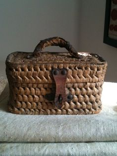 love this basket purse