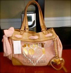 Enter me in the Quincee's Boutique Valentines Day Contest! I want to win this bag!!