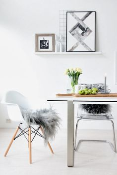 White dining room - Eames chairs with fur throws. Dining Room Inspiration, Interior Design Inspiration, Workspace Inspiration, Style At Home, Interior Styling, Interior Decorating, Decorating Ideas, Design Rustique, Sweet Home