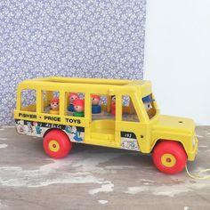 Orangevertevintage — Bus Scolaire Fisher Price Vintage