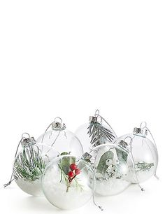 Shop our range of traditional to novelty Christmas tree decorations at M&S, choose from baubles, tinsel and tree toppers. Christmas Baubles, White Christmas, Christmas Tree Decorations, Holiday Decor, Christmas Ideas, Tree Toppers, Xmas Tree, All Things Christmas, Snow Globes