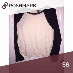 Long sleeve Basic baseball long sleeve, black and cream colored, so comfy Forever 21 Tops Tees - Long Sleeve
