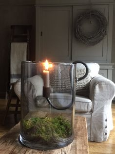 Tante S!fr@ loves this? - New Deko Sites Dining Room Wall Decor, Room Decor, Modern Apartment Decor, Deco Table Noel, Candle Lanterns, Chandeliers, Rustic Decor, Interior Decorating, Living Room