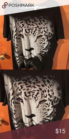 Fashion bug tshirt. Size 1 x.  NWOT Black fashion bug tshirt.  Never worn Fashion Bug Tops Tees - Short Sleeve