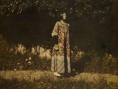 1910. Emilie Flöge en Attersee. (ropa secesionista)   foto: Friedrich Walker