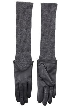 Designers Remix Chicgloves Leather Gloves Cold Hands, Leather Gloves, Clothing Items, Bag Accessories, Designers, Warm, My Style, Closet, Fashion Design