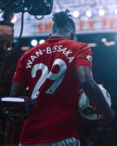 Not Aaron Wan-Bissaka. One Love Manchester United, Paul Pogba Manchester United, Manchester United Wallpaper, Manchester United Players, Manchester City, Cristiano Ronaldo Celebration, Cristiano Ronaldo Manchester, Cristiano Ronaldo Juventus, Football Players Images