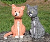 A tutorial for adorable crocheted cats