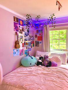 Neon Bedroom, Indie Bedroom, Indie Room Decor, Cute Bedroom Decor, Room Design Bedroom, Room Ideas Bedroom, Girl Bedroom Designs, Bedroom Inspo, Chill Room
