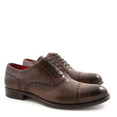 a3c9b8cb87 54 fantastiche immagini su Handmade italian leather shoes nel 2017 ...