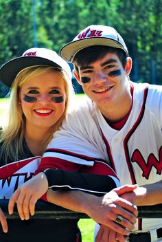 How can I contact the copyright owner of this picture? Baseball Couples, Sports Couples, Baseball Girlfriend, Baseball Boys, Boyfriend Girlfriend, Angels Baseball, Softball Pictures, Girl Senior Pictures, Cheer Pictures