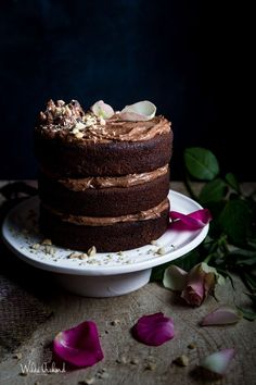 Double Chocolate Nutella Cake | Wilde Orchard| This cake is simple and quick to make and is drool worthy. http://www.wildeorchard.co.uk