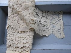 gorgeous chantilly lace
