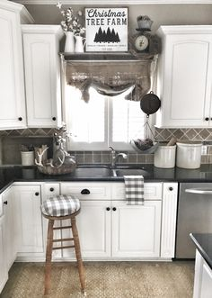 farmhouse kitchen christmas decor ig bless_this_nest - Decorate Kitchen Cabinets
