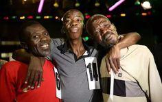 Simon Mpuyazi resulta ganador en la primera edición del certamen 'Mister Feo' en Sudáfrica. Visite nuestra página y sea parte de nuestra conversación: http://www.namnewsnetwork.org/v3/spanish/index.php #nnn #bernama #malasia #malaysia #kl #southafrica #sudafrica #misterfeo #noticias #curiosidades #entretenimiento #africa #pics #fotos #concurso