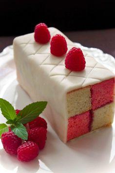 Raspberry Battenberg Cake Tutorial(step by step)